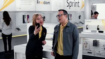 Sprint TV Spot, 'Share the Love: Get Two Amazing iPhones'
