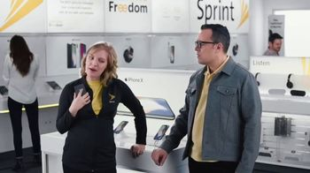 Sprint TV Spot, 'Share the Love: Get Two Amazing iPhones' - Thumbnail 7