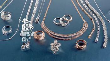 Macy's Diamond Sale TV Spot, 'Fine Jewelry Dazzles' - Thumbnail 4
