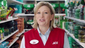 ACE Hardware Scotts Days TV Spot, 'Fertilizer' - Thumbnail 1