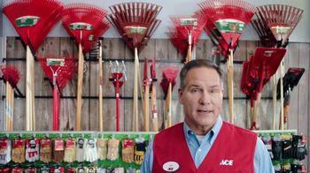 ACE Hardware Scotts Days TV Spot, 'Fertilizer' - Thumbnail 4