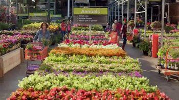 The Home Depot Spring Black Friday TV Spot, 'Mulch & Garden Soil' - Thumbnail 1