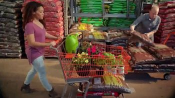 The Home Depot Spring Black Friday TV Spot, 'Mulch & Garden Soil' - Thumbnail 3