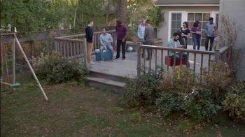 Lowe's Spring Black Friday TV Spot, 'Good Backyard: Pint Annuals' - Thumbnail 2