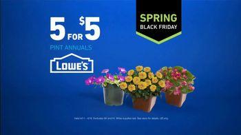 Lowe's Spring Black Friday TV Spot, 'Good Backyard: Pint Annuals' - Thumbnail 9