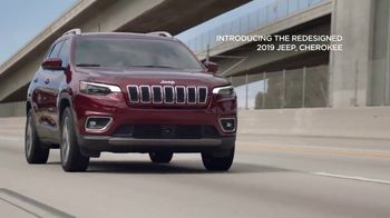 2019 Jeep Cherokee TV Spot, 'Dial' Song by The Score [T2] - Thumbnail 8