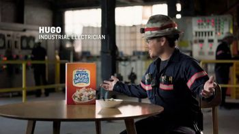 Frosted Mini-Wheats TV Spot, 'Big Food for Hugo's Big Day' - Thumbnail 1