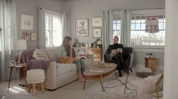 Apartments.com TV Spot, 'Dive of Despair' Featuring Jeff Goldblum - Thumbnail 8