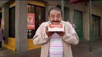 Popeyes $4 Wicked Good Deal TV Spot, 'Baile musical' [Spanish] - Thumbnail 1