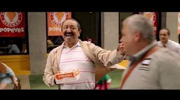Popeyes $4 Wicked Good Deal TV Spot, 'Baile musical' [Spanish] - Thumbnail 5