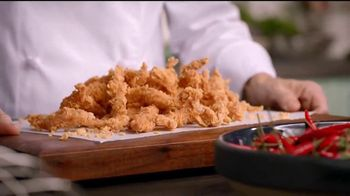 Popeyes $4 Wicked Good Deal TV Spot, 'Baile musical' [Spanish] - Thumbnail 7