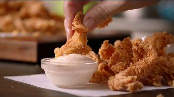 Popeyes $4 Wicked Good Deal TV Spot, 'Baile musical' [Spanish] - Thumbnail 8