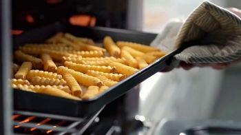 Lamb Weston Grown in Idaho Super Crispy Crinkle Cut Fries TV Spot, 'Crispy and Tender' - Thumbnail 2