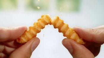 Lamb Weston Grown in Idaho Super Crispy Crinkle Cut Fries TV Spot, 'Crispy and Tender'
