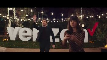 Verizon TV Spot, 'Surprise: Trade-In' Featuring Thomas Middleditch - Thumbnail 3