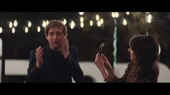 Verizon TV Spot, 'Surprise: Trade-In' Featuring Thomas Middleditch - Thumbnail 7