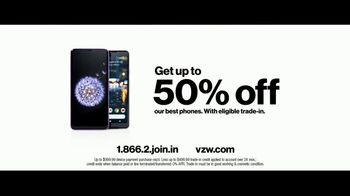 Verizon TV Spot, 'Surprise: Trade-In' Featuring Thomas Middleditch - Thumbnail 9