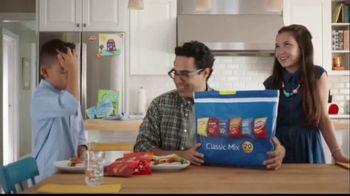 Frito Lay Classic Mix TV Spot, 'Dibs' - Thumbnail 8