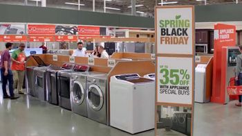 The Home Depot Black Friday de Primavera TV Spot, 'Más funciones' [Spanish] - Thumbnail 5