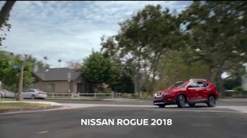 2018 Nissan Rogue TV Spot, 'Culture Day' canción de Bomba Estéreo [Spanish] [T2] - Thumbnail 3