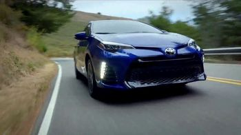 2018 Toyota Corolla TV Spot, 'Live With Inspiration' - Thumbnail 8