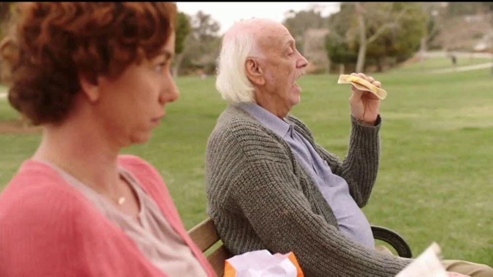 Dunkin' Donuts Go2s TV Commercial, 'Parque'