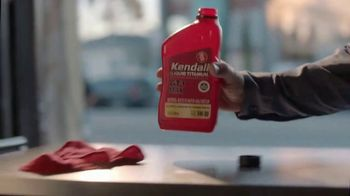 Kendall Liquid Titanium Motor Oil TV Spot, 'Conviction' - Thumbnail 9