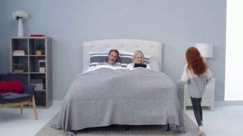 Mattress Firm Friends & Family Sale TV Spot, 'Extra 10 Percent Off' - Thumbnail 2
