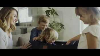 TRS Ballistic Luggage TV Spot, 'Travel Like a Tour Player' - Thumbnail 2