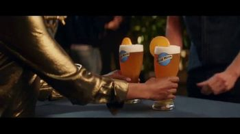 Blue Moon TV Spot, 'Tight Squeeze' - Thumbnail 1
