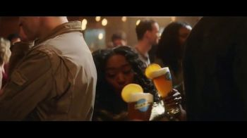 Blue Moon TV Spot, 'Tight Squeeze' - Thumbnail 4