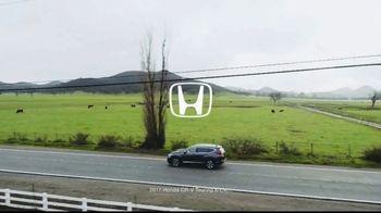 2017 Honda CR-V TV Spot, 'Best Friends' [T1] - Thumbnail 1