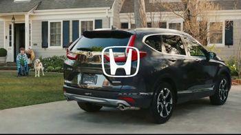 2017 Honda CR-V TV Spot, 'Best Friends' [T1] - Thumbnail 10