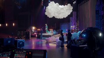 Citi Double Cash Card TV Spot, 'Final Touches' Featuring Katy Perry - Thumbnail 7