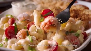 Red Lobster Seafood Trios TV Spot, 'WE tv: We Love Threes' - Thumbnail 6
