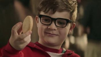 Hershey's Cookie Layer Crunch TV Spot, 'Kids Table' - Thumbnail 3