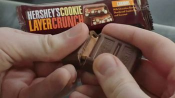 Hershey's Cookie Layer Crunch TV Spot, 'Kids Table' - Thumbnail 6