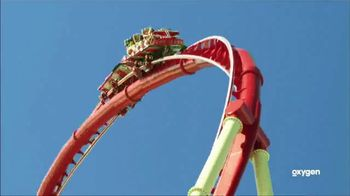 Oxygen Universal Orlando Volcano Bay Sweepstakes TV Spot, 'Thrills' - Thumbnail 3