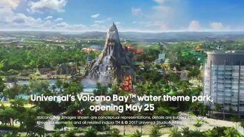 Oxygen Universal Orlando Volcano Bay Sweepstakes TV Spot, 'Thrills' - Thumbnail 5