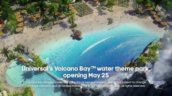 Oxygen Universal Orlando Volcano Bay Sweepstakes TV Spot, 'Thrills' - Thumbnail 6