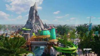 Oxygen Universal Orlando Volcano Bay Sweepstakes TV Spot, 'Thrills' - Thumbnail 9