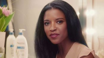 Aveeno Skin Relief TV Spot, 'Softens & Smooths' Ft. Renee Elise Goldsberry - Thumbnail 2
