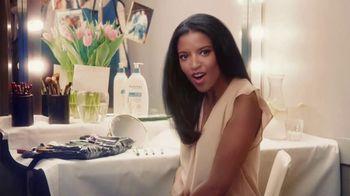 Aveeno Skin Relief TV Spot, 'Softens & Smooths' Ft. Renee Elise Goldsberry - Thumbnail 5