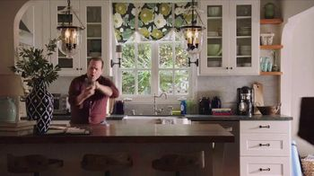 Wayfair TV Spot, 'Dance of the Dwelling' - Thumbnail 10