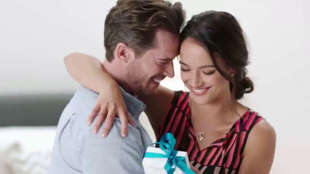 Kohl's TV Commercial, 'Regalos para mam??: Kohl's Cash'