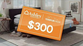 Ashley HomeStore Memorial Day Mattress Event TV Spot, 'Gift Card' - Thumbnail 4