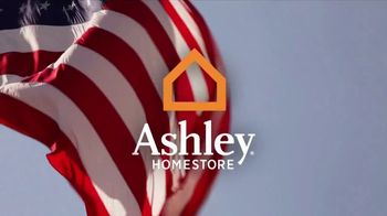 Ashley Homestore Memorial Day Event TV Spot, 'Beat the Crowds' - Thumbnail 1