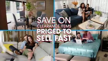 Rooms to Go Spring Clearance Sale TV Spot, 'Ends Tonight' - Thumbnail 6