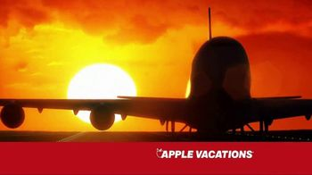 Apple Vacations TV Spot, 'The Johnsons: Summer Fun' - Thumbnail 4