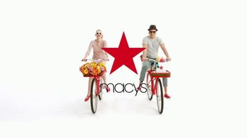 Macy's One Day Sale TV Spot, 'Jewelry and Handbags' - Thumbnail 7